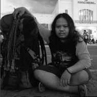 Achmad Nugraha Lahir : Bandung, 24 Agustus 1992 Alamat : Jalan Cihampelas, Rt 04 Rw 04, Kelurahan Cipaganti, Kecamatan Coblong, Kota Bandung Diawali dengan hobi keluar rumah dan bepikir bagaimana agar berguna pula, maka mulailah menekuni ranah fotografi jurnalistik yang dasarnya tidak hanya berdiam diri. Akhirnya bersama Komunitas Photo's Speak pada tahun 2013 akhir mulai belajar menekuni dunia fotografi jurnalistik. id line : achmadnugraha email : achmadnugraha24@gmail.com No hp : 082240475151 facebook : https://web.facebook.com/noegrahaselalubertatarsunda instagram : https://www.instagram.com/achmadnugraha24/